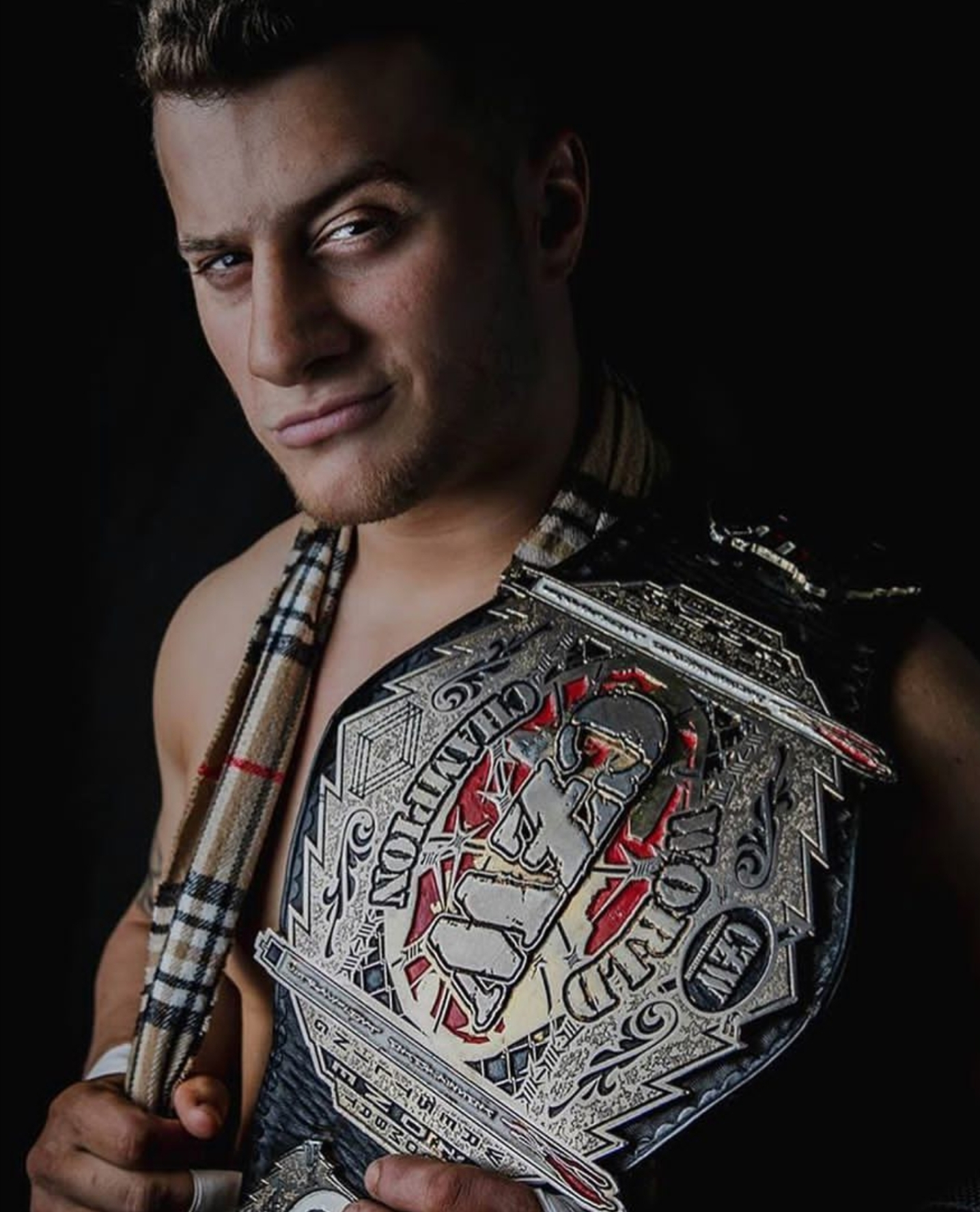 Thompson Challenges MJF for CZW Gold on June 10